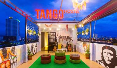 Hostel Đà Nẵng sở hữu lối thiết kế trẻ trung, hiện đại với nhiều màu sắc tươi sáng được kết hợp với nhau