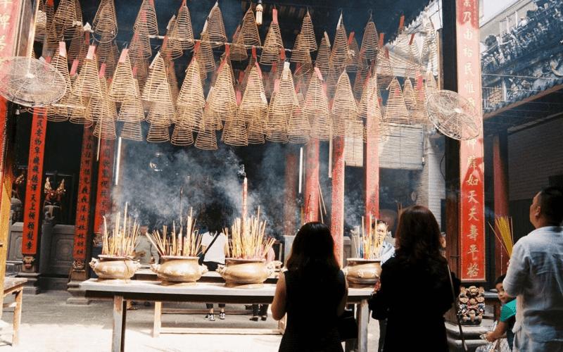 những ngôi chùa cầu tình duyên